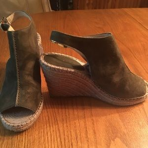 Banana Republic peep toe wedges